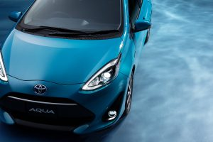 carlineup_aqua_exterior_top_pic_02_01_large