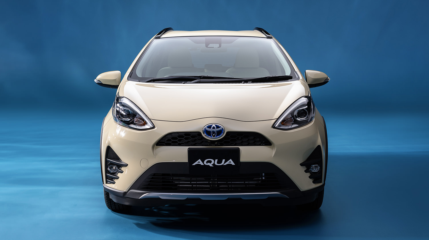 carlineup_aqua_exterior_top_pic_05_01_pc