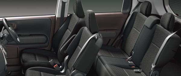 carlineup_spade_interior_seat_4_01_pc