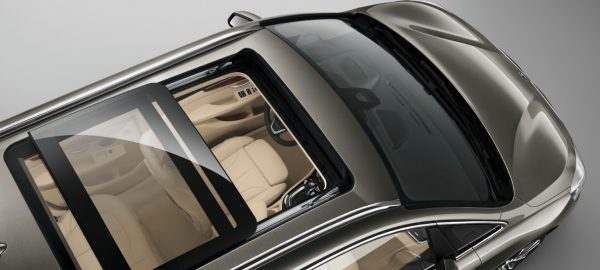 panoramic-sunroof-02