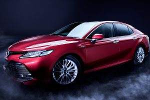 carlineup_camry_exterior_top_pic_01_01_pc