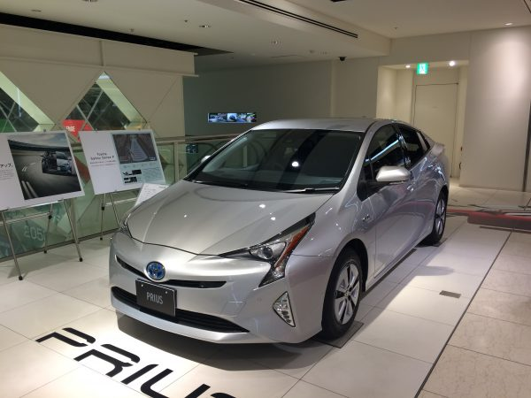2015toyota_prius(ZVW50)_a_2WD