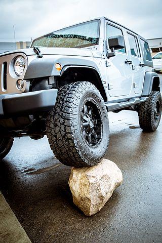 jeep-1710926__480