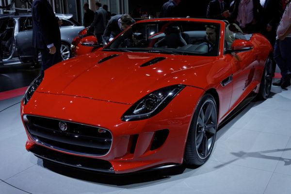 1280px-Jaguar_F_type_-_Mondial_de_l'Automobile_de_Paris_2012_-_007
