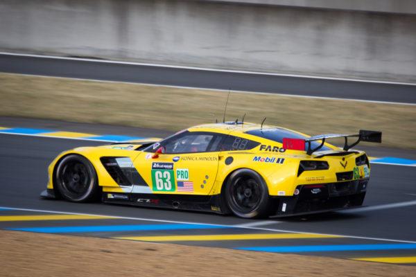 Drivers: Jan Magnussen, Antonio Garcia, Ryan Briscoe