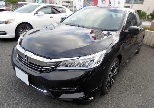 Honda_Accord_HYBRID_EX_(DAA-CR7)_front