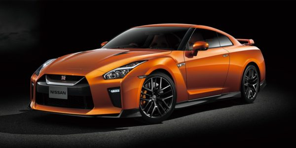 gt-r_top_gallery_01.jpg.ximg.l_full_m.smart