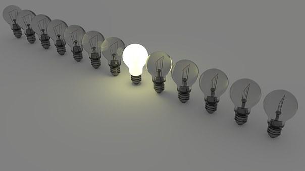 light-bulbs-1125016__340