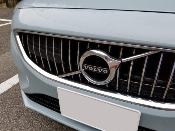V40のフロントグリル