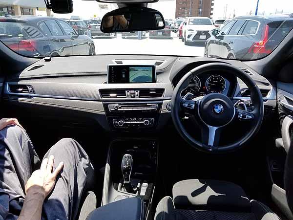 BMW X2のインパネ
