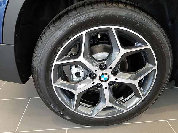 X1の純正装着タイヤ